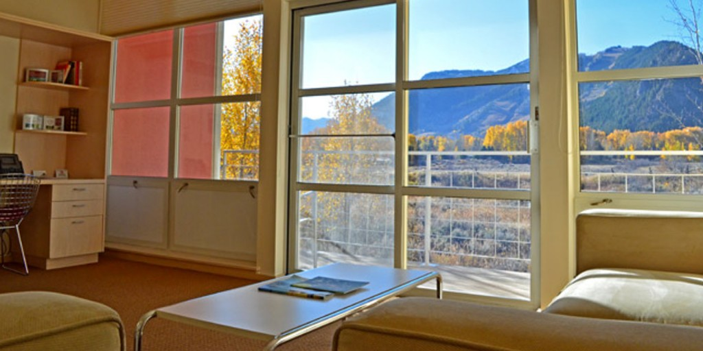 Gorgeous Aspen view from your living room.