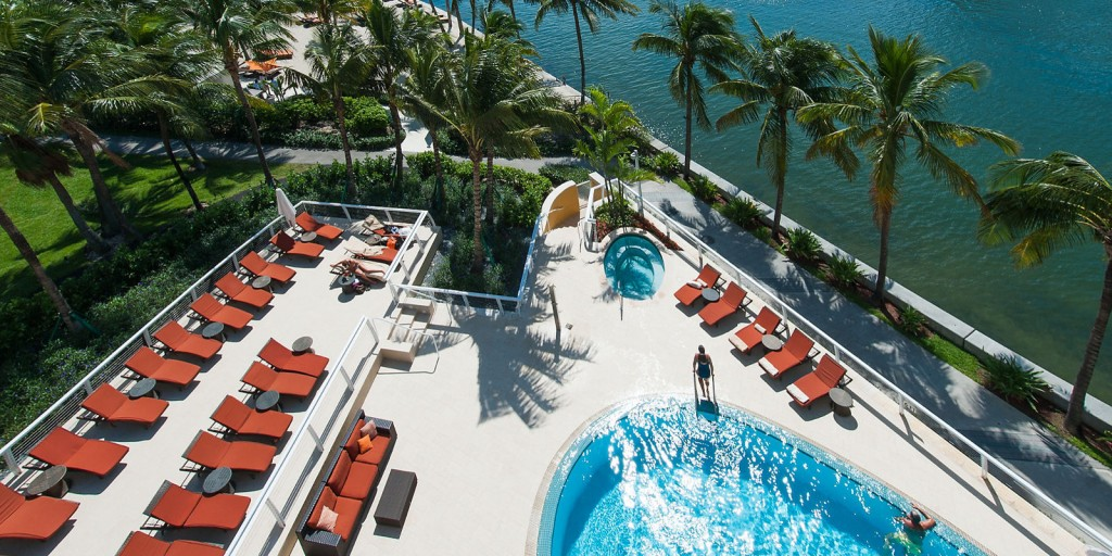 Elevated beach-side pool deck provides marvellous ocean views.