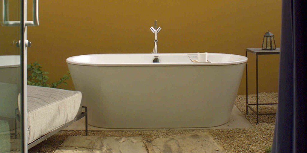 Unwind in privacy in your patio's soaking tub.